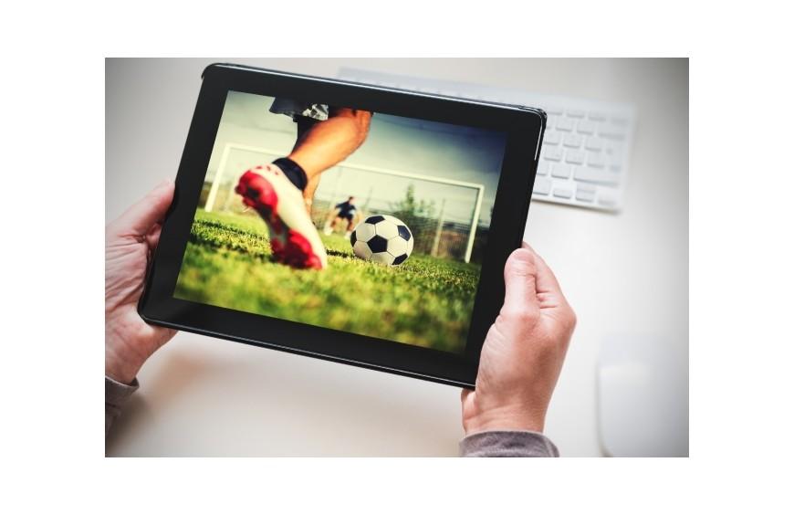 Droit TV du foot: le piratage menace la diffusion de football en France