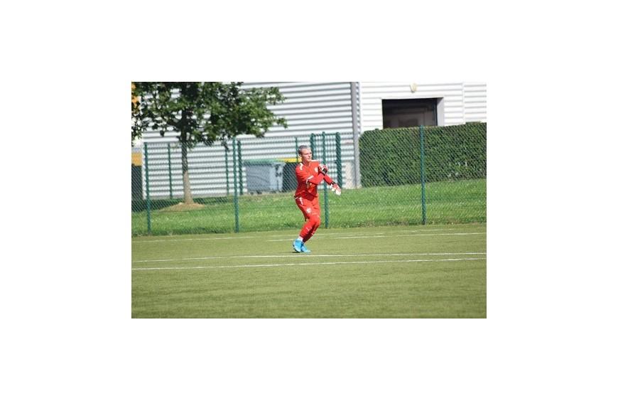 Stanislas Borel, goal de ligue 2 de CS Sedan Ardennes : il choisit RG Gloves pour sa paire de gants