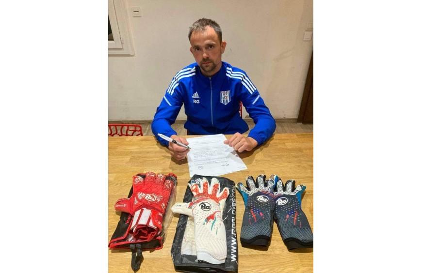 Romain Guichaux : le goal du FC Dieppe en duo avec la marque RG Gloves !